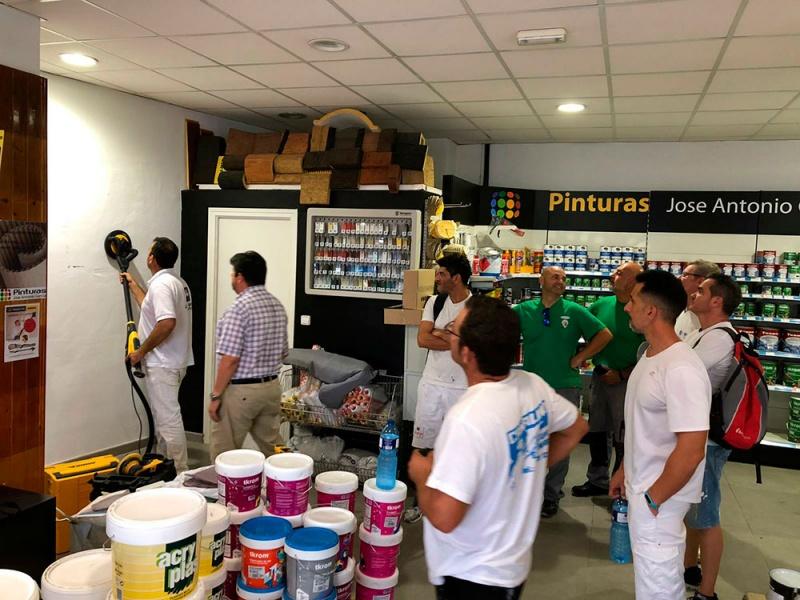 Demostración de Mirka en nuestra tienda de Bétera. Lijadora LEROS fr