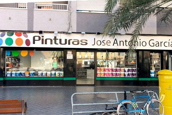Pinturas Jose Antonio García, Tienda Cardenal Benlloch.